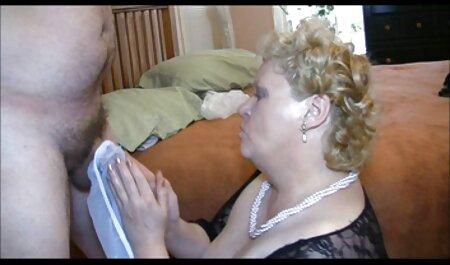 Mama vitregă arată grăsime isi fute nepotul baieti cum sa suga si se masturbeaza
