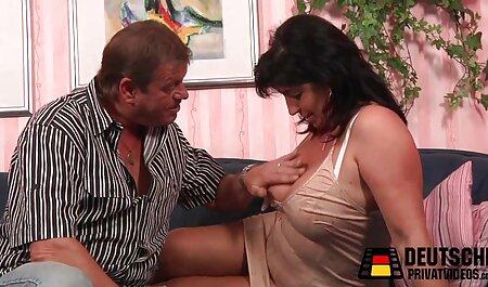 Se filme cu femei sexy masturbeaza si suge prieteni