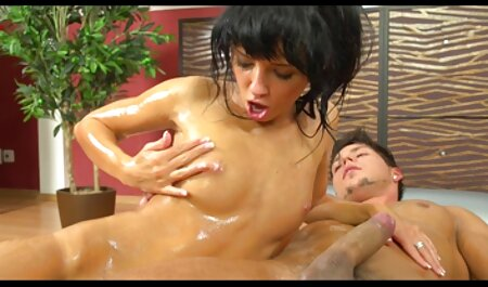 Drăguț distractiv Hahal cu o filme porno cu mame sexy muie profunda si vine in fata si gura