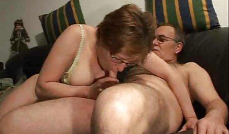 Masturbari, cunnilingus și sex pasional filme porno cu pozitia 69 pe plaja
