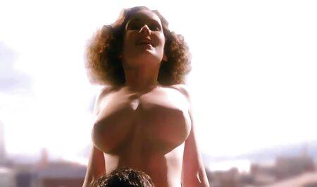 Întuneric jupuit femeie sex fete grase nud pe Woodman în ambele găuri