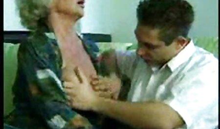 Negru lovelace invită o mamă să-și exercite filmesexiitalia pentru a vizita-o pentru penisul lui
